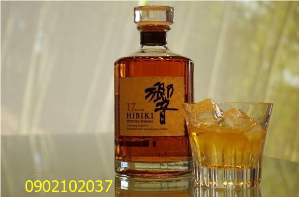 Rượu Hibiki 17 năm